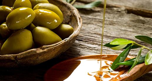 olive-oil-magna-grecia